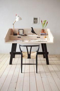 Ce jour où je n'aurai plus rien à écrire Bureau Design, Workspace Inspiration, Interior Inspiration, Furniture Inspiration, Desk Inspo, Study Inspiration, Inspiration Boards, Office Workspace, Workspace Design