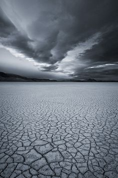Empty Lake Bed. Landscape Photography. #blackandwhite #bw #landscape #photography