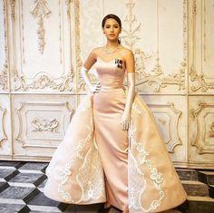 Ball Dresses, Evening Dresses, Prom Dresses, Formal Dresses, Thai Dress, Princess Style, Fashion Shoot, Asian Beauty, Strapless Dress Formal