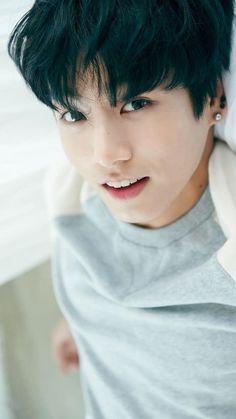 """Do you hate me or not?"" Jungkook is the newest member of BTS and th… # Fan-Fiction # amreading # books # wattpad Foto Jungkook, Foto Bts, Jungkook Oppa, Kim Taehyung, Bts Photo, Bts Bangtan Boy, Jungkook Fanart, Jung Kook, Namjin"