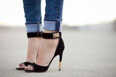 I want these, soooo bad. They're beautiful.