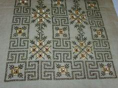 Cross Stitch Charts, Cross Stitch Patterns, Beaded Embroidery, Cross Stitch Embroidery, Hand Embroidery Design Patterns, Bargello, Hand Knitting, Needlework, Pattern Design