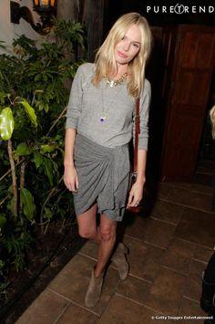 Kate Bosworth parie sur une tenue d'esprit indie chic. Jupe Isabel Marant, collection automne-hiver 2010/2011 et bottes en daim de la même maison, l'actrice est simplement belle.