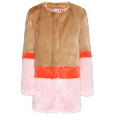 Shrimps - Mabel faux-fur coat - For faux-fur with a luxe spin, turn to the newest label on the street, Shrimps. There's an unmistakable playfulness to this coat thanks to contrasting panels of pink, orange and camel. Soft to touch, this need-it-now coat will take you through the winter and beyond. - @ www.mytheresa.com