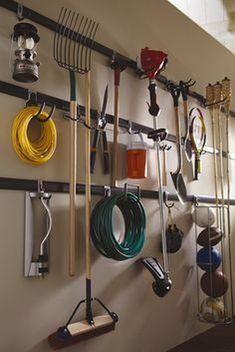 Cool 51 Easy Diy Garage Storage Organization Ideas. More at https://homedecorizz.com/2018/02/22/51-easy-diy-garage-storage-organization-ideas/