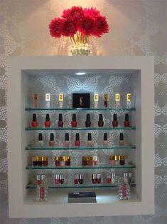 NAILS COUTURE, belleza a medida para tus uñas Nail Salon Design, Nail Salon Decor, Beauty Salon Decor, Salon Interior Design, Beauty Salon Design, Schönheitssalon Design, Nail Parlour, Pedicure Station, Nail Polish Storage