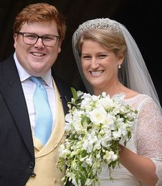 Wearing the Spencer Tiara worn by Princess Diana Celia McCorqoudale and George Woodhouse looked beautiful on her wedding day ti Princess Diana Niece, Princess Diana Death, Royal Princess, Royal Brides, Royal Weddings, Adele, Lady Sarah Mccorquodale, White Fascinator, Royal Marriage
