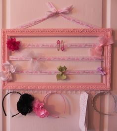 a place for headbands too! Hair Bow and Accessory Holder (pink frame with princess ribbon and hooks) Diy And Crafts, Crafts For Kids, Arts And Crafts, Craft Projects, Projects To Try, My Little Girl, Diy Hairstyles, Girly Things, Diy Gifts