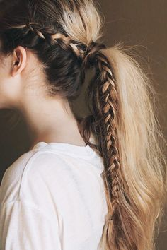 41 DIY Cool Easy Hairstyles That Real People Can Actually Do at Home! - Cool and Easy DIY Hairstyles – Messy Braided Ponytail – Quick and Easy Ideas for Back to School - Cool Easy Hairstyles, No Heat Hairstyles, Pretty Hairstyles, Heatless Hairstyles, Latest Hairstyles, Ponytail Hairstyles With Braids, Wedding Hairstyles, Medium Hairstyles, Hairstyles 2018