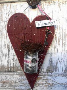 ♥ rotes Holzherz für die Haustüre ♥ von *Haus No.7* auf DaWanda.com