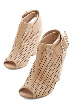 Wave the Day Wedge. Step in and work your ever-so-resourceful magic in these taupe-hued wedges. #tan #modcloth