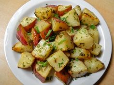 Fresh Italian Herb Roasted Potatoes- healthier potato side dish for a party.