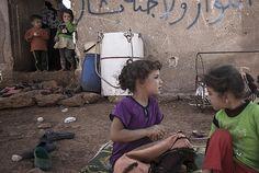 Setengah Juta Anak Terkepung di Suriah UNICEF Serukan Akses Kemanusiaan : UNICEF telah menyerukan pencabutan pengepungan dan diizinkannya segera akses kemanusiaan di Suriah ketika kekerasan yang terus meningkat di wilayah tersebut sehingga j