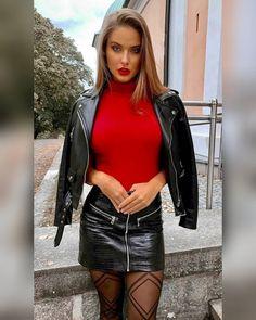 "@leather_jacket0: ""Leather jacket women #lifestyle #leather #leatherjacket #model #woman #day"" Sexy Outfits, Summer Outfits Women, Leather Dresses, Leather Mini Skirts, Leather Skirt, Leather Jacket, Vinyl Clothing, Leder Outfits, Elegantes Outfit"