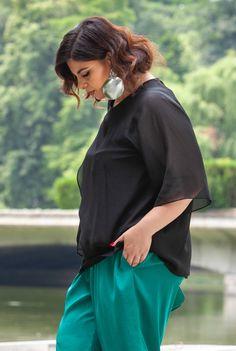 Bluza neagra din voal SNK PLUS 05 - AMA Fashion Ruffle Blouse, Plus Size, Tops, Women, Fashion, Moda, Women's, Fashion Styles, Woman