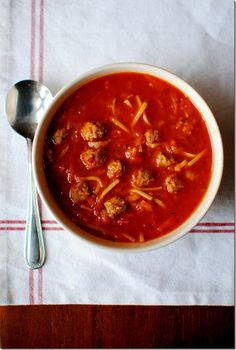 Spaghetti and Meatball Soup is a quick and easy soup is made in no time flat. Too fun (and delicious!) to resist. | iowagirleats.com