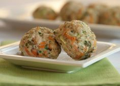 TODDLER MEATBALLS Made w/ 1 lb chicken, 1/2 cup frozen spinach, 1 shredded carrot, 2 tbsp ricotta, garlic & onion powder. Roll into 1 inch balls. Bake 375 for 20 mins