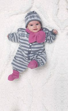 Baby Ull Jumpsuit, Socks, Hat & Scarf by Viking of Norway. Sizes (in months) Free pattern pdf: Baby Jumpsuit, Socks, Hat & Scarf More Patterns Like This! Knitting For Kids, Baby Knitting Patterns, Baby Patterns, Free Knitting, Knitting Projects, Knit Baby Sweaters, Knitted Baby, Knit Art, Baby Jumpsuit