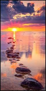 Risultati immagini per beautiful sun