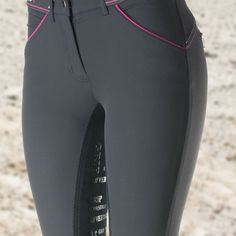 The B Vertigo BVX technical high-quality full seat breeches have a silicone printed seat and Coolmax fabric that keeps you comfortable. They feature bi-stretch with a trendy yet functional design, and a comfortable mid-rise waist.