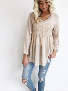 dainty neutral top | ROOLEE
