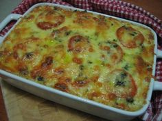 Salmon and Rice Bake recipe Healthy Eating Recipes, Meat Recipes, Cooking Recipes, Casserole Recipes, Salmon Dishes, Fish Dishes, Tuna Dishes, Shellfish Recipes, Seafood Recipes