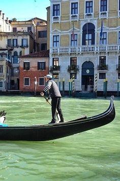 Voyage en Italie: citytrip de 3 jours à Venise. Lieux incontournables, où dormir, où sortir, quelles sont les visites à faire à Venise... Comment rejoindre le centre ville depuis l'aéroport? Mon avis sur les gondoles, le carnaval de Venise...