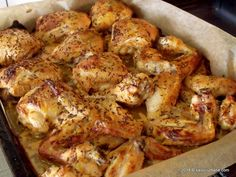 Romanian Food, Chicken Wings, Food And Drink, Meat, Vegetables, Cooking, Desserts, Squash Recipe, Mariana
