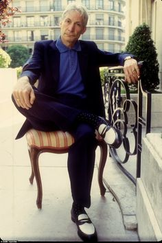 Open Collar Shirt, The Rolling Stones, Charlie Watts, Childhood Photos, Old Shows, Three Piece Suit, Double Breasted Jacket, Keith Richards, Suit And Tie