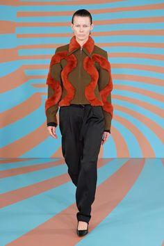 Kiko Kostadinov Fall 2020 Ready-to-Wear Fashion Show Collection: See the complete Kiko Kostadinov Fall 2020 Ready-to-Wear collection. Look 5 Couture Fashion, Runway Fashion, High Fashion, Fashion Trends, Fashion Show Collection, Image Collection, Textile Prints, Catwalk, Ready To Wear