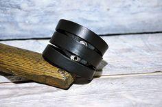 Black leather bracelet made of genuine leather by GOMAleatherwork