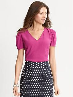 I gotta have this blouse... and skirt... whole outfit please!