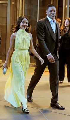 Jada Pinkett Smith and Will Smith out in Manhattan. Cutest couple ever