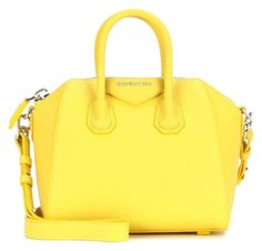 Hey all my povlore peps here is a one of a kind original Michael kors I  think yellow purse it is perfect for the summer. Sac ... 8dabd1adeac