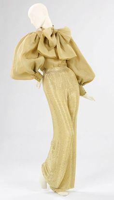 Norman Norell Silk organdy evening pajamas, The fanciest P Jay Jays in the land! 70s Fashion, Fashion History, Runway Fashion, Fashion Dresses, Vintage Fashion, Fashion Looks, American Fashion, Fashion Stores, High Fashion