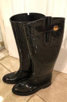 louis Vuitton rain boots on Mercari Louis Vuitton Rain Boots, Black Rubber, Rubber Rain Boots, Calves, Shoes Heels, Monogram, Troll, Sad, Website