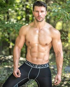 This site contains images of hot, sexy naked men. It also has images of hot, sexy naked men loving other hot, sexy naked men. Then there are images that reveal the quirky bits of me. Muscle Bear, Fashion Casual, Fit Girl, Hommes Sexy, Shirtless Men, New Haircuts, Male Physique, Sport Man, Male Body