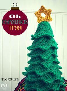 cover Star | Christmas Tree | Free Pattern | Oombawka Design