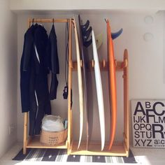 convenient way to store your gear – Wakeboarding - SURFING Surfboard Storage, Surfboard Rack, Decoration Surf, Surf Decor, Style Surf, Surfer Room, Living Haus, Living Room, Beach Cottage Style