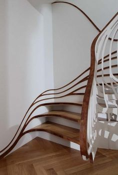 oh i like that.The walls are painted to give the illusion that wooden stairs are warped. very clever. like, very much