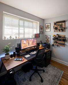 Check This great space 🖥 @escritoriosmodernos, hope inspire your workspace, follow for daily setup inspiration. . 📸Insane Setup by: @ramz_digital . Home Studio Setup, Home Office Setup, Home Office Design, Configuration Home Studio, Gaming Room Setup, Desk Setup, Gaming Desk, Computer Setup, Bedroom Setup