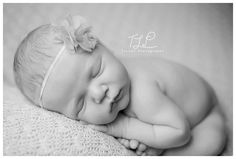 albany baby photo newborn girl in taco pose www.tuleafphotography.com #albanynewbornphotographer #albanybabyphoto #delmarphotographer