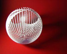 Una variante del metodo utilizzato per progettare un cardioide con linee rette progettato e stampato in 3D ; il risultato geometrico è una sfera. Design by Francesco De Comite