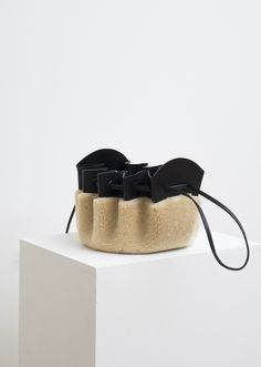 handbags and purses leather Purses And Handbags, Leather Handbags, Leather Purses, Leather Bags, Fendi Spy Bag, Fur Bag, Designer Wallets, Basket Bag, Kids Bags