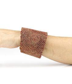 Ritsuko Ogura - Product code: ROG14 - Bracelet - Unique piece - Cardboard, silver, acrylic colour -diameter 6.4 cm / width 7.3 cm / depth 7.8 cm - 660€