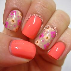 Pretty Flower Nail Designs - For Creative Juice Flower Nail Designs, Flower Nail Art, Nail Art Designs, Fancy Nails, Cute Nails, Pretty Nails, Hair And Nails, My Nails, Coral Nails