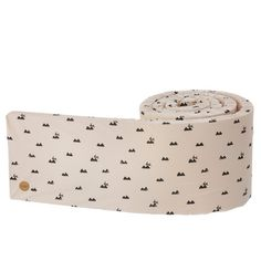 Pleasant, protecting and decorative bed bumper in a playful, stylish design by ferm LIVING. The cover is made of organic cotton. Bed Bumpers, Textiles, Soft Blankets, New Kids, Scandinavian Design, Cribs, Kids Room, Rabbit, Rose