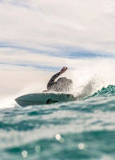 photography by Jeff Davis Andrew Bigalke Choses Cool, Manhattan Beach California, Swimming Party Ideas, Surfing Pictures, Surfer Style, Sanibel Island, Sea Waves, Surfs Up, Good Vibes