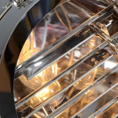 Vloerlamp Tripod Surveyor 1 - Woonkamerverlichting - Verlichting per ruimte - Lampenlicht.nl