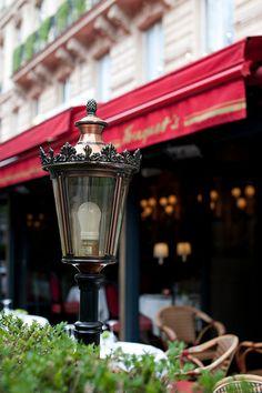Paris cafe :Fouquet's